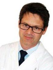 Dr Bjorn Tvedt - Surgeon at Akademikliniken - Bergen