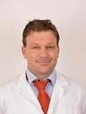 Dr Bard Nordang - Doctor at Porsgrunn Plastikkirurgi