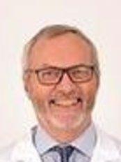 Dr Sturla Rising - Doctor at Porsgrunn Plastikkirurgi