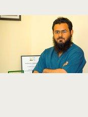 La'forma Cosmetic Surgery Clinic - Dr. Farrukh Aslam