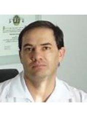 Dr Renato Almonte Velarde - Surgeon at Clínica Almonte Cirugía Plástica y Reconstructiva