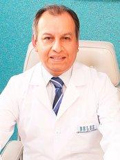 Dr Gustavo Sausa Huaman -  at A'Beleza