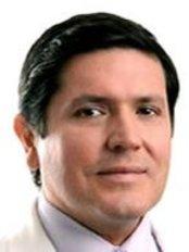 Dr. Luis Barrenechea - Av. Prolongacion Primavera 853, San Borja, Lima, 15037,  0