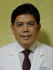 Dr Hector  SantosJr - Doctor at AUFMC Nouveau Aesthetic Center
