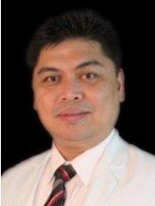 Dr Winifredo Tiangco - Surgeon at Regenestem Manila