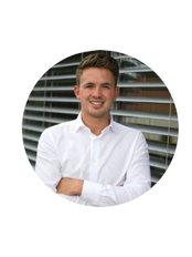 Herr Dominik Pasler - Internationaler Patientenkoordinator - KCM Clinic