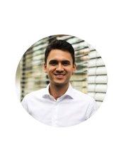 Herr Philip Pasler - Geschäftsführer - KCM Clinic