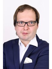 Mr Arkadiusz Kleszcz - Manager at Allmedica