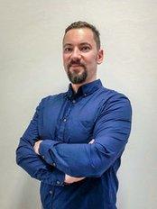 Dr Tomasz Potaczek - Surgeon at Allmedica