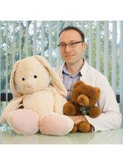 Dr Adrian Litewka - Doctor at Dr Osadowska Clinic Szczecin
