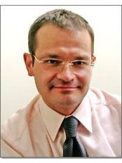 Dr Jaroslaw Leszczyszyn - Principal Surgeon at Secret Surgery Ltd- Poland