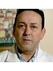 Dr Carlos Manuel Andrade - Doctor at Surgical Center of Coimbra