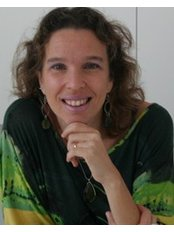 Dr Alexandra Campos -  at Clínica iCare