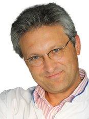 Dr Vyacheslav Rolki -  at Klasko-Rublevo-Uspensky Highway