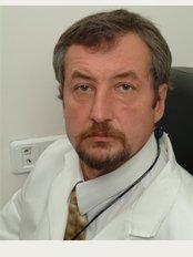 Lux Clinic - Surgery department - 6-ya ul. Novye Sady, 2, Moskva, 119619,