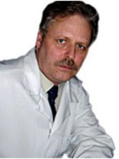 Dr Leo Belonogov - Surgeon at Clinic of Aesthetic Surgery and Cosmetology
