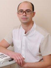 Dr Konstantin Uneven - Surgeon at Light Clinic