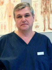 Dr Mário Rattaj - Doctor at Inštitút zdravia a krásy Frais