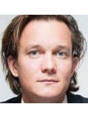 Mr Peter Zorman -  at Zorman-Repež, Plastic Surgeons