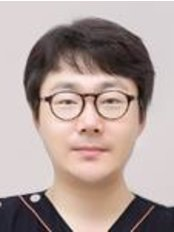 Dr Kim Gyubo -  at Central t Plastic Surgery