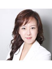 Dr Song Jennifer - Surgeon at Noblesse Plastic Surgery
