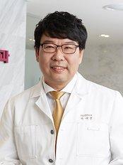 Reborn Plastic Surgery Clinic - Dosan-daero 110, Gangnam-gu, Seoul (2 Nonhyeon-dong),  0