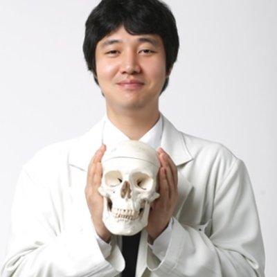 Dr Seung Ryong  Lee