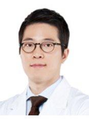Доктор Se Whan Rhee - Врач хирург в Grand Plastic Surgery
