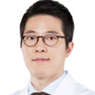 Доктор Se Whan Rhee