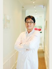 Hershe Plastic Surgery Clinic - 502 Dosan-daero, Gangnam-gu, Seoul,