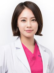 Dr Kyu-Hee Kim - Surgeon at Well Plastic Surgery Clinic