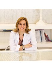 Dr Mª Encina Sánchez Lagarejo - Surgeon at Clinical Medicine Decorps Aesthetic Plastic Surgery