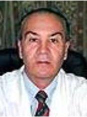 Dr Jose Maria Perez Chuffo - Surgeon at Clinica Foguet