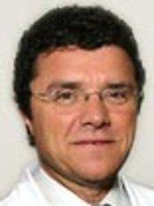 Dr Vila Rovira - Chief Executive at Centro Médico Teknon - Nutrición y Dietética