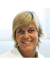 Dr Ana Trius Chassaigne - Doctor at Cirugía Estética Barcelona