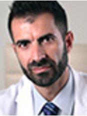 Dr Francisco Mora Cerrajero - Surgeon at Cirugía Plástica Nelly Cartró - Centro Médico Estético Erbalaser