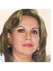 Dr Gloria Tovar - Doctor at Clinica Renacer
