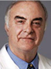 Dr Magi Raich -  at Dr. Alberto Guinot Madrilejos