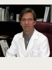 Dr JM Collado Delfa - Carrer de Rocafort, 173, Barcelona, 08015,