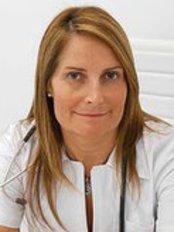 Dr Inma Viñolas -  at Dr. Matías Grass