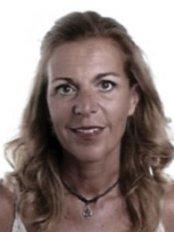 Dr Maria Solis Fontanet - Doctor at Idermic - Dermatologia i Cirurgia Plàstica - Vic