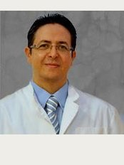 Institute of Medicine and Cosmetic Surgery & Hernández Aran - C / Londres 65 1-3, Barcelona, 08036,