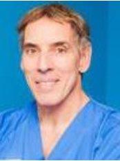 Dr Jose Azpiazu - Practice Director at Dermitek - Getxo