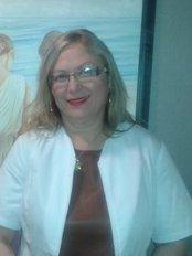 Dra Carmen Huertas Bueno - Cosmetic Surgery in Jaen - C/ Arabial, 54 portal D-1º A, Granada,  0