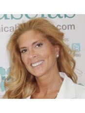 Dr Oyola Denébola Palacios - Surgeon at Clinica Bruselas - Ibiza
