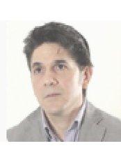 Romero Vargas - Doctor at Centro Europeo Médico Estético