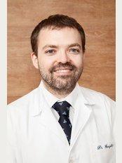 Clínica González & Campos - Dr. Sergio González-Otero, Facial Plastic Surgery