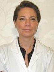 Dr VIctoria Sunkel -  at Clínicas CMA International - Madrid