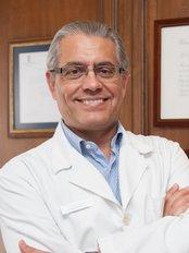 Clínicas Fernández Blanco de Cirugía y Medicina Estética - Madrid - Dr Fernández Blanco
