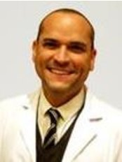 Dr Leo Cerrud -  at Dorsia Madrid - Getafe